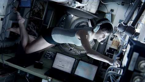 Movies To Watch Tonight review of Sandra Bullock's role in Gravity